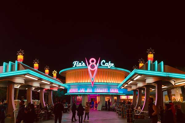Best-custom-neon-signs-for-commercial-advertising-purpose